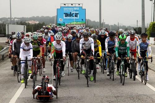 Mais de meio milhar a pedalar em Santarém