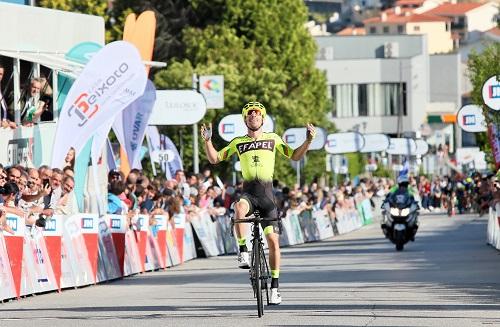 Joni Brandão triunfa em Valongo