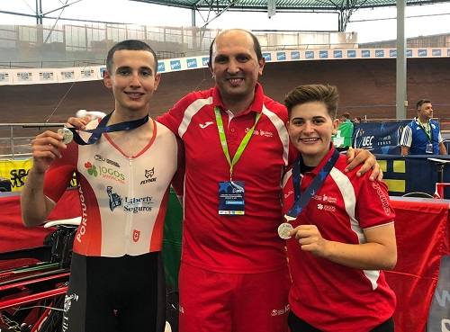 Portugal abre Europeu de pista com duas medalhas de prata