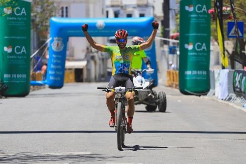 Ana Antunes e Roberto Ferreira vencem em Estremoz