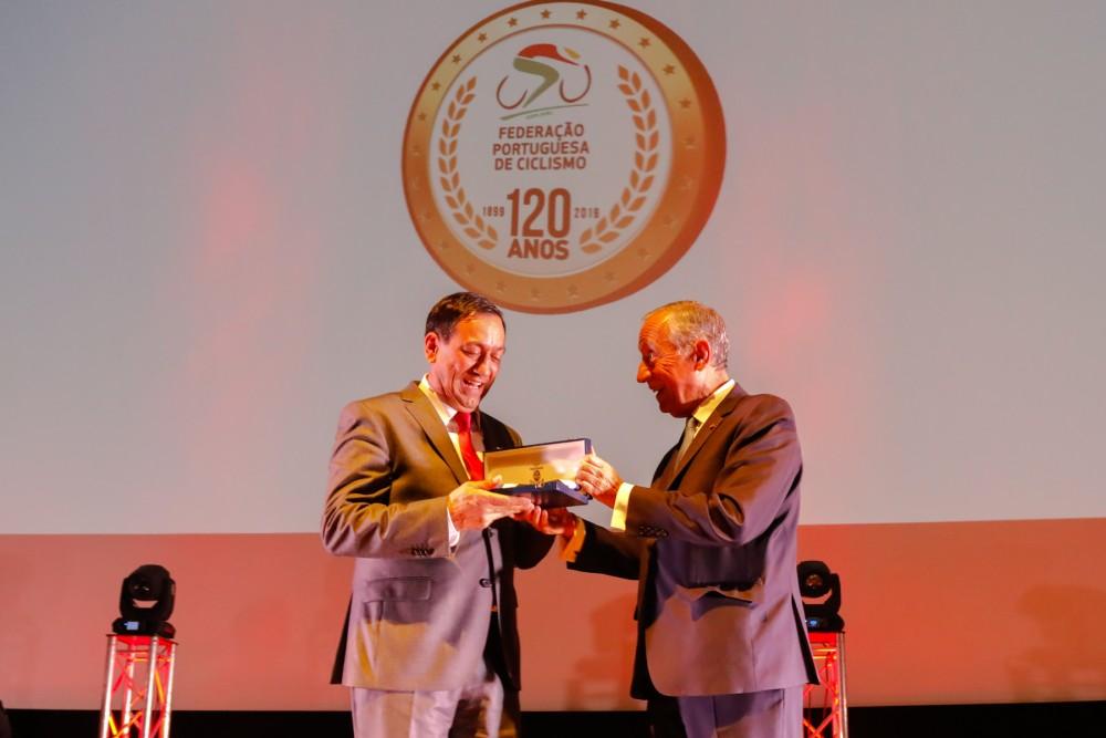 Federação Portuguesa de Ciclismo recebe Ordem do Infante D. Henrique