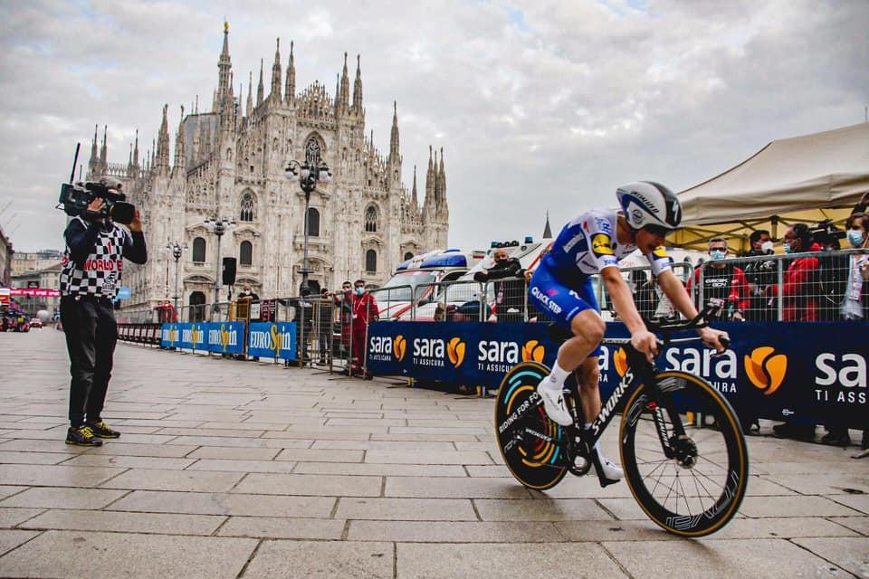 Dia histórico para o ciclismo português no final do Giro