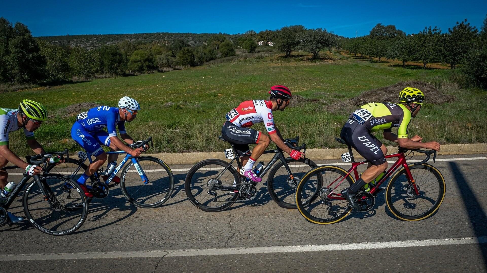 O ciclismo regressa no domingo em Sangalhos