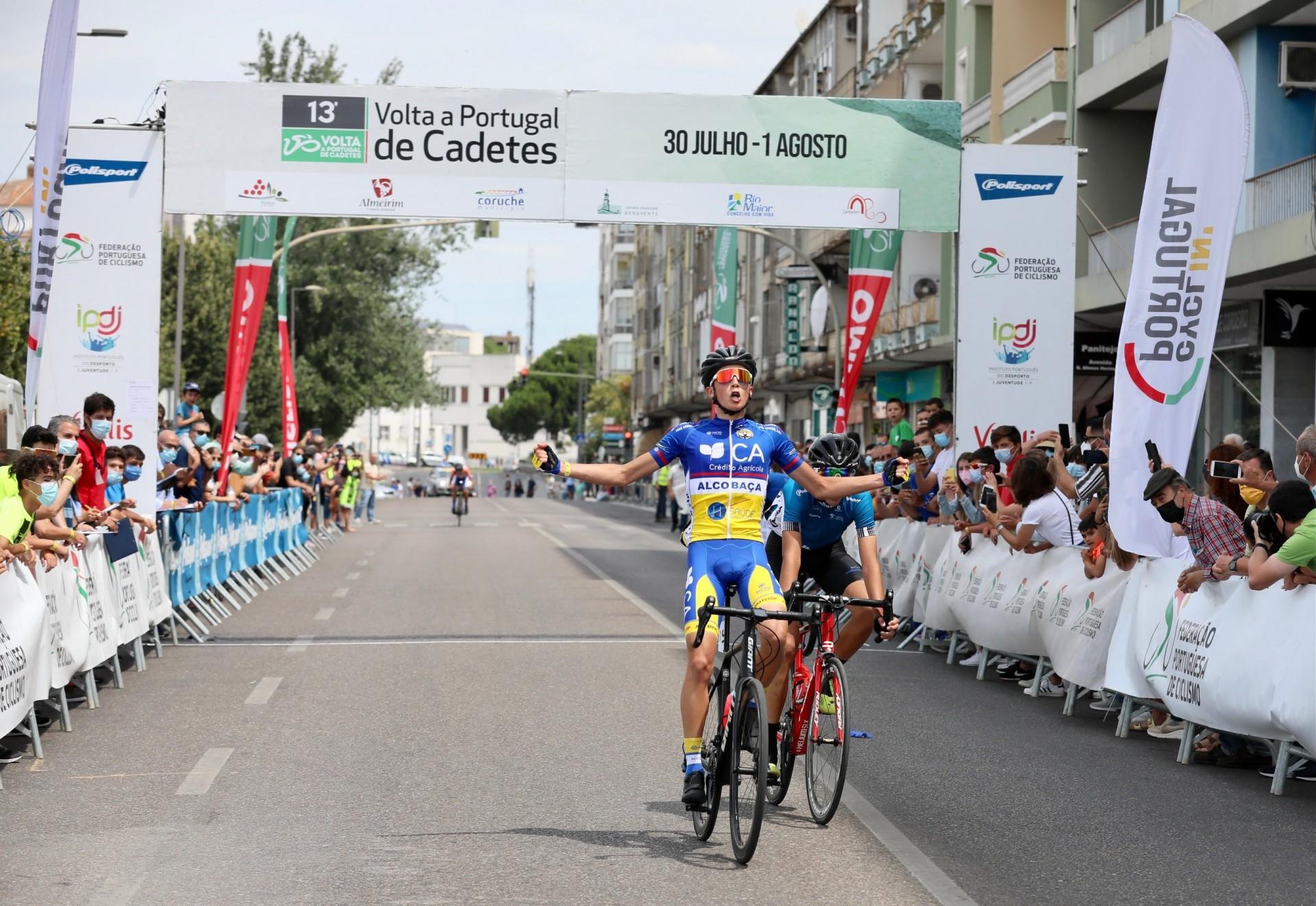 Tiago Santos conquista Volta a Portugal de Cadetes