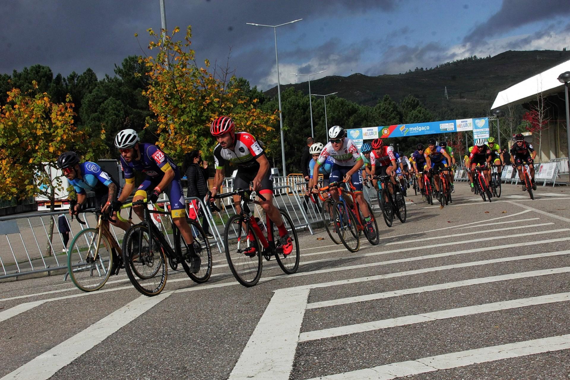 Nacional de Ciclocrosse disputa-se em redor do velódromo e da pista de BMX