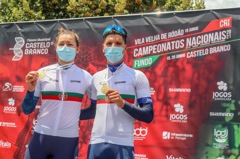 João Almeida e Daniela Campos campeões de contrarrelógio em elite