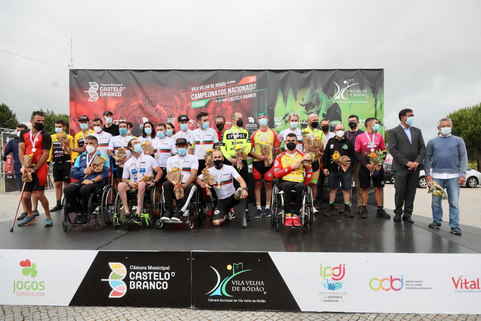 Paraciclistas enfrentaram o tempo agreste para lutar pelos títulos