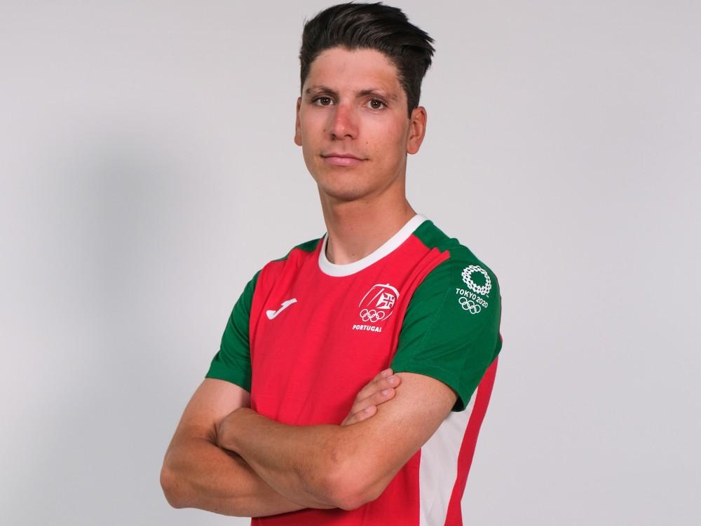 João Almeida 13.º na prova de fundo dos Jogos Olímpicos