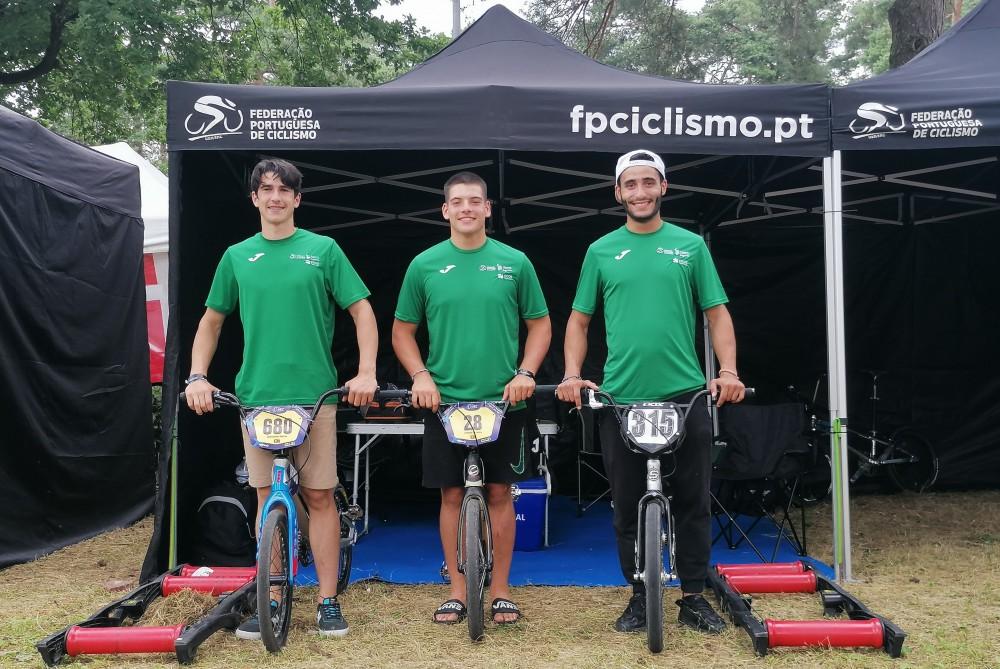 Seleção Nacional com três corredores em Zolder