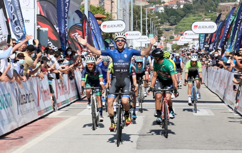 Rafael Silva vence a segunda etapa do Grande Prémio ABIMOTA e Tomás Contte conquista a geral