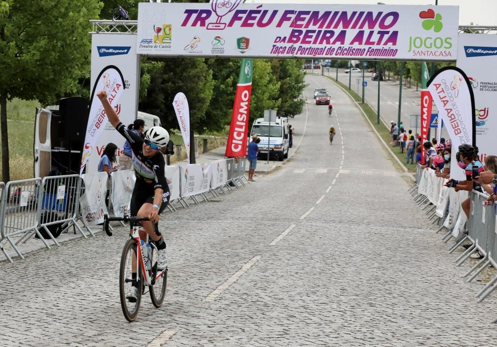 Vera Vilaça ganha em Penalva do Castelo e conquista Taça de Portugal