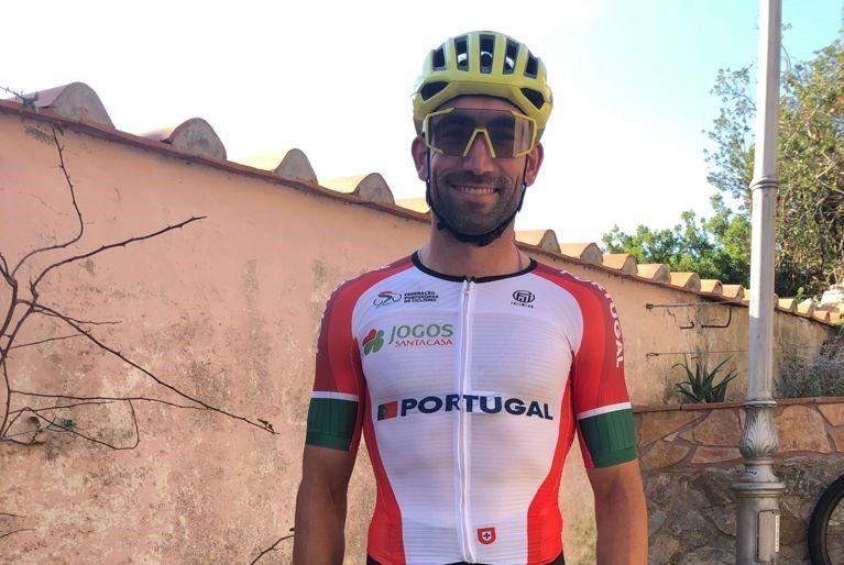 José Dias conquista o bronze no Mundial de Maratona BTT